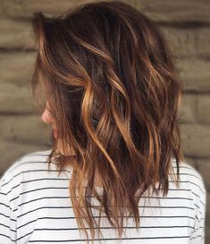 Chocolate Brown Hair Color Ideas for Brunettes Chocolate Hair with Chestnut Balayage See it Golden Brown Hair, Brown Blonde Hair, Light Brown Hair, Chestnut Brown Hair, Brown Auburn Hair, Brown Hair Cuts, Henna Hair, Blonde Brunette, Hair And Beauty