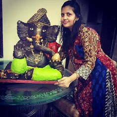 35kg Chocolate Ganesha made by hand and travelled from Borivali to Thakur Complex