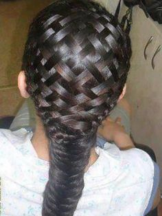 This is a basket weave braid. It's better to do when your hair is wet. And yes, it is real hair! Love Hair, Great Hair, Gorgeous Hair, Awesome Hair, Diy Braids, Cool Braids, Crazy Braids, Crochet Braids, Unique Braids