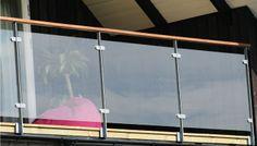 Glasräcke Balcony Railing, Stair Railing, Railings, Stairs, Steel Gate, Gate Design, Track Lighting, Art Ideas, Ceiling Lights