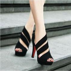 black well designed sandal