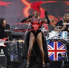 Jubilee Concert Grace Jones. Moops - Flanella & Della rocking the Jubilee!