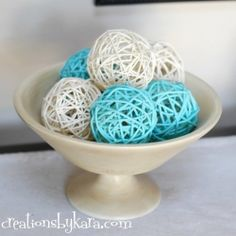 Creations by Kara: DIY Spray Paint Decor Balls - rattan balls purchased from the dollar store/craft store then painted! Cheap Diy Home Decor, Diy Home Decor Projects, Diy Projects To Try, Decor Crafts, Home Crafts, Diy Crafts, Decor Ideas, Diy Ideas, Easy Decorations