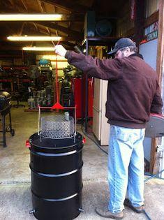 The Cheezer's random thoughts: Ugly Drum Smoker Uds Smoker, Build A Smoker, Ugly Drum Smoker, Barrel Smoker, Fire Basket, Homemade Smoker, 55 Gallon Drum, Smoke Grill, Double Barrel