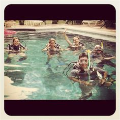 PADI IDC + fun + ocean + beach = scuba instructor in costa rica !!