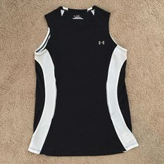 Under Armour Hear Gear Tank Perfect top for a workout. Excellent used condition. Under Armour Tops