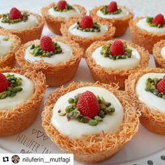 12 interessantesten Dessert-Rezepte im Februar - leckere Rezepte, Arabic Dessert, Arabic Food, Fun Easy Recipes, Sweets Recipes, Delicious Recipes, Iftar, Ramadan Desserts, Good Food, Yummy Food