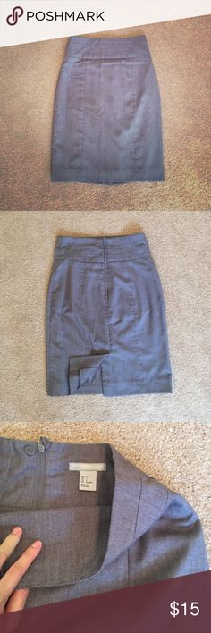 """H&M Heather Grey Pencil Skirt Like new condition. Fits true to size. Waist 25"""" slightly stretched. Full lined. Center back slip and zipper closure. No trade. H&M Skirts Midi"""