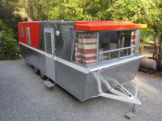 1961 Holiday House - rare dual axle model [source]