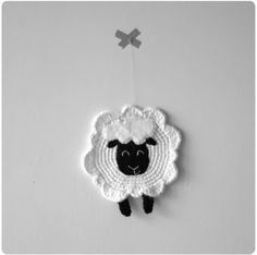 Free Petit Mouton Crochet Pattern by Virginie Kernel at Ralvery Appliques Au Crochet, Crochet Bolero, Crochet Diy, Crochet Motifs, Crochet Gifts, Crochet Patterns, Magazine Crochet, Crochet Mignon, Sheep Crafts