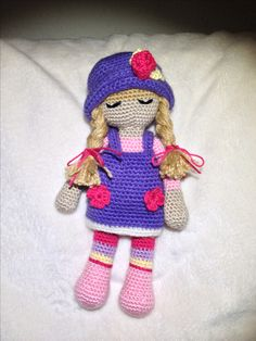 Estefi doll. Realizada por Emi con el patron de la muñeca Anny de amigurumis.blogspot.com