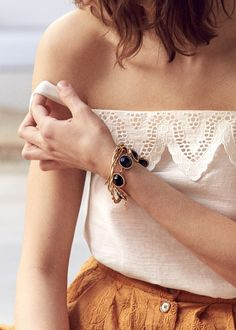 Sézane - Pré collection Printemps Sunrise www.sezane.com Top Bilbao et bracelet Mary  #sezane #precollection #printemps #sunrise