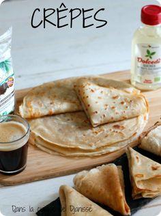Crêpes au tofu soyeux Pancakes Vegan Sans Gluten, Vegan Gluten Free, Veggie Recipes, Sweet Recipes, Healthy Recipes, Healthy Food, Vegan Snacks, Vegan Desserts, Crepes