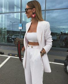 Boss Lady Outfit Idea For You:- AwesomeLifestyleFashion . Business Casual Outfits, Professional Outfits, Cute Casual Outfits, Stylish Outfits, Office Outfits, Simple Outfits, Suit Fashion, Fashion Outfits, Fashion Styles