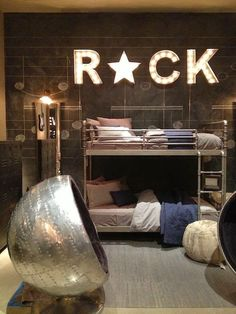 Inspiring Teenage Boys Bedrooms for Your Cool Kid | Teen boys ...