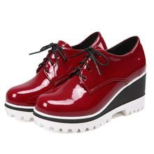 High Quality Women Oxfords Flats Platform Shoes Patent Leather Tassel Lace Up Round Creeper Brogue Loafers Plus Size 4-10.5(China (Mainland))