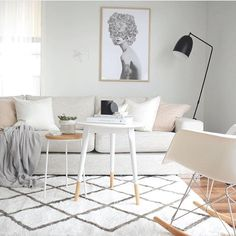 The new @kmartaus rug in @kerryann_styling_'s home = perfection. Thank you for the tag xo #Kmart #kmartaus #kmartnz #kmartstyling #whitestyle #scandi #scandistyle #scandistyling #scandistylehome #pinkandwhite #lounge #loungeinspo #melbourneblogger #interior123 #interiordecor #interiordesign #interiorstyling