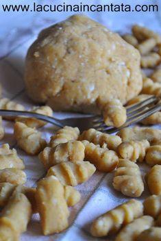 lacucinaincantata: gli gnocchi di pane grattugiato....cheap and chic!...