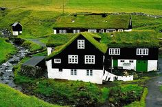 Faroe Islands Itinerary Suggestions (+Map & Practical Tips) Places To Travel, Places To See, Visit Faroe Islands, Northern Island, Visit Norway, Island Tour, Desert Island, Short Trip, Vacation Trips