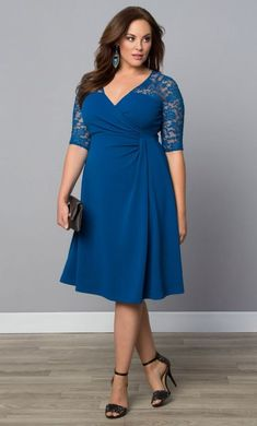 33 Plus Size Wedding Guest Dresses {with Sleeves}! - Plus Size Fashion - Alexawe. - Plus Size Plus Size Wedding Dresses With Sleeves, Dresses For Apple Shape, Plus Size Cocktail Dresses, Big Size Dress, The Dress, Dress Form, Dress Lace, Plus Size Skirts, Plus Size Outfits