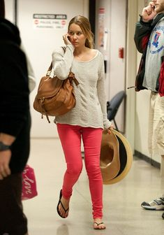 Lauren Conrad spiced up her slouchy top with a pair of on trend hot pink skinny jeans. Brand: J Brand