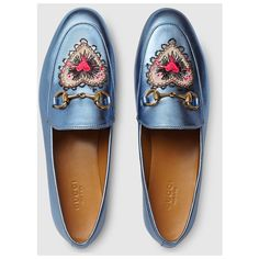 Gucci Gucci Jordaan Metallic Leather Loafer ($600) ❤ liked on Polyvore featuring shoes, loafers, flats, gucci, gucci flats, flat shoes, leather sole shoes, blue loafers and loafer flats