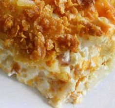 Crack Potatoes-incredibly unhealthy looking. But how can I resist something called crack potatoes! Cheesy Hashbrown Casserole, Cheesy Hashbrowns, Hash Brown Casserole, Cracker Barrel Hashbrown Casserole, Chicken Casserole, Think Food, I Love Food, Good Food, Yummy Food