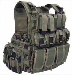 """The OD Green """"Multi""""Role"""" PSD Combat Armour Carrier can hold soft armour inserts, 2 x large Osprey Ballistic Plates or 10"""" x 12"""" PSD Plates, also 2 x 6"""