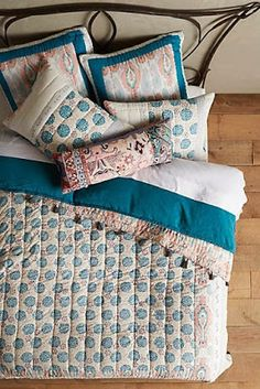 Anthro-Fan: Bedding
