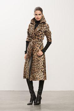 Tamara Mellon Coat from Collection Leopard Fashion, Animal Print Fashion, Fashion Prints, Animal Prints, Leopard Prints, Mode Outfits, Fashion Outfits, Womens Fashion, New York Fashion