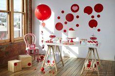 Fiesta círculos y diseño actual en rojo-byLettuce&Co-Style.Eat.Play-01