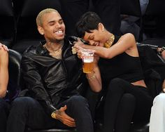 Rihanna's dad says he'd love her to be with Chris Brown ....