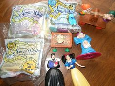 LOT of 8 Snow White and the Seven Dwarfs Toys, some NIP, McDonald's 1992 #Disney