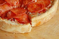 low carb pizza, beats cauliflower crust!