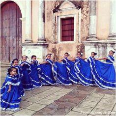 Balet Folklórico by @_hermanos1890 #nicaragua