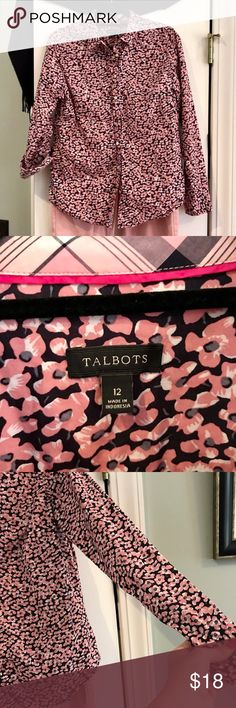 Talbots Floral Blouse! This is one of my favorite prints from last spring! The sleeves can be turned up and secured with a tab & button, or you can wear it wrist length. Perfect for this spring and summer! Colors are pink, blue, and white. 💕💙😀 Talbots Tops