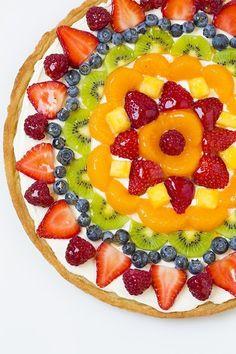 Fruit pizza, easy fruit tart recipe, fruit tart recipes, sugar cookie f Fruit Pizza Cups, Fruit Pizza Frosting, Mini Fruit Pizzas, Easy Fruit Tart, Easy Fruit Pizza, Pizza Food, Fruit Pizza Dessert, Recipe For Fruit Pizza, Cookie Vegan