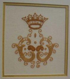 Bordado tipico das Caldas da Rainha / embroidery typical of Caldas da Rainha  - Portugal