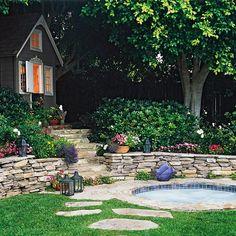 garten am hang kies steine rand sträucher bäume | garten, Hause und Garten