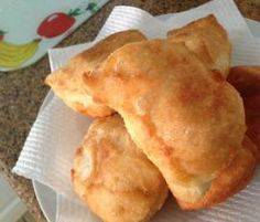 Recipe Vetkoek (fat cakes) by Shazzad, learn to make this recipe easily in your kitchen machine and discover other Thermomix recipes in Breads & rolls. Food Vans, South African Recipes, Atkins Diet, Recipe Community, Bread Rolls, Vegan Vegetarian, Yummy Food, Favorite Recipes, Treats