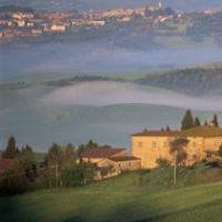 In Italia, la Toscana rappresenta la regione più amata dagli stranieri che vogliono comprare casa nel belpaese! Dalle colline del Chianti, alla campagna lucchese, alla Versilia fino alla Lunigiana! #Italia #Toscana #casa #belpaese #Chianti #Versilia #Lunigiana