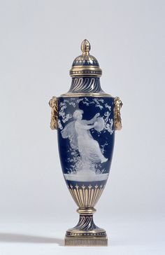 Minton English, est. 1793 Urn-shaped vase, c. 1905 parian porcelain 35.7 x 12.9 x 10.7 cm Collection of the Winnipeg Art Gallery; The Frank Evison Collection; Gift of The City of Winnipeg 1999-102 ab