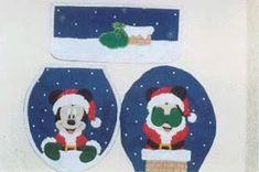 El Blog de Nando: lenceria de baño navideña MICKEY My First Christmas, Christmas Time, Merry Christmas, Xmas, Minnie Mouse, Diy And Crafts, Coasters, Christmas Decorations, Kids Rugs