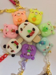 Animal charms made from polymer clay :) Fimo Kawaii, Polymer Clay Kawaii, Kawaii Crafts, Fimo Clay, Polymer Clay Charms, Polymer Clay Projects, Polymer Clay Art, Clay Crafts, Polymer Clay Miniatures