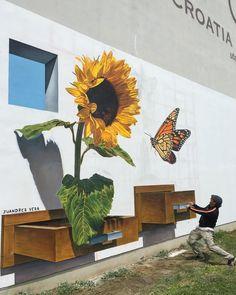 Bloomorphosis Floramorfosis by Juandres Vera Murals Street Art, 3d Street Art, 3d Street Painting, Amazing Street Art, Street Art Graffiti, Street Artists, Graffiti Murals, Graffiti Artists, Mural Floral