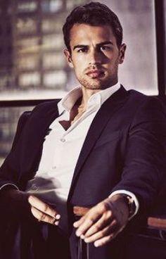 Hot Actors, Actors & Actresses, Tris Und Four, Divergent Theo James, Divergent Series, Sanditon 2019, Theo Theo, Theodore James, Film Trilogies