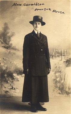Postcard featuring Taletta Haraldson, ca. 1918. Haraldson was one of the over 21,000 nurses who enlisted in the Army Nurse Corps during World War I, and one of 10,000 who were sent to work in French hospitals. National Library of Medicine #D05877 https://ihm.nlm.nih.gov/luna/servlet/s/842gt4