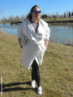 Casual Look. Look con abrigo albornoz balnco y legging cuero. LOS LOOKS DE MI ARMARIO.  #loslooksdemiarmario #winter #outfitcurvy #invierno #look #lookcasual #lookschic #tallagrande #curvy #plussize #curve #fashion #blogger #madrid #bloggercurvy #personalshopper #curvygirl #primark #lookinvierno #lady #chic #rayas #navy #leggingpiel #abrigoalbornoz #abrigoblanco #lookabrigo