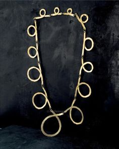Necklace | Alexander Calder. Brass wire. ca. 1940. || Photo Credit: Calder Foundation, New York