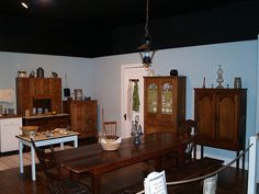 Recreation Of The Waltons Kitchen Using Period Furniture From Area